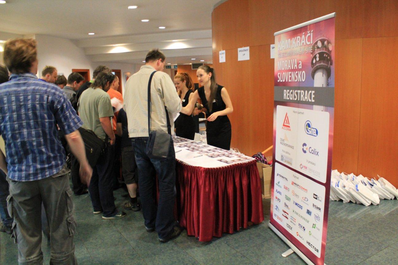 Kam kráčí telekomunikační sítě Morava a Slovensko - Přerov 2014